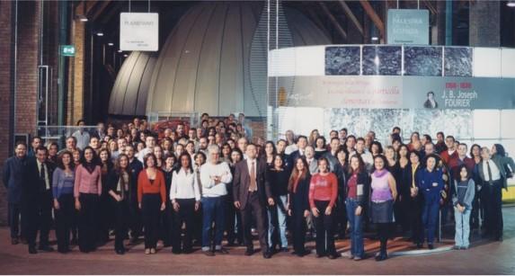 """Con """"squadra"""" per immagine campagna inaugurazione Science Centre"""
